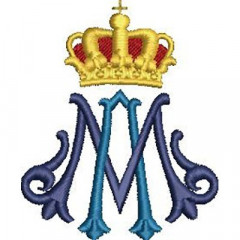 MARIAN WITH CROWN 5