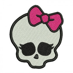 SKULL WITH LACE 9 CM